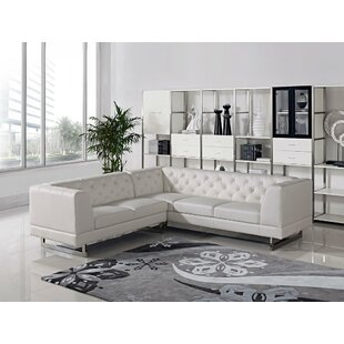 Alsatia Sectional Wade Logan