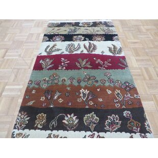 Bearfield Hand-Knotted Wool Red/Green Area Rug Isabelline