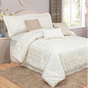 Nakamura Geo Luxury 7 Piece Comforter Set