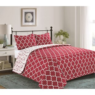 Henshaw 3 Piece Reversible Quilt Set