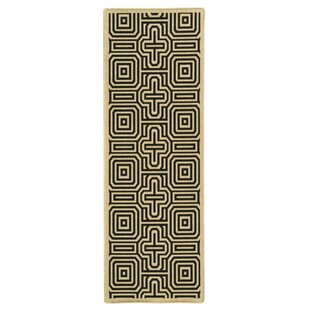 Jefferson Place Sand & Black Indoor/Outdoor Area Rug