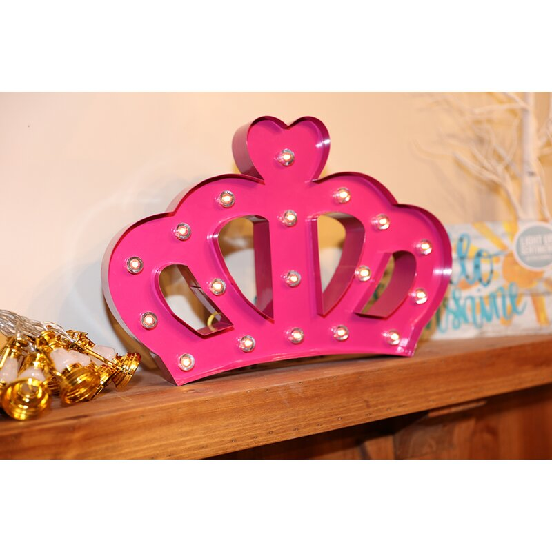The Holiday Aisle Crown Sign Wall Décor