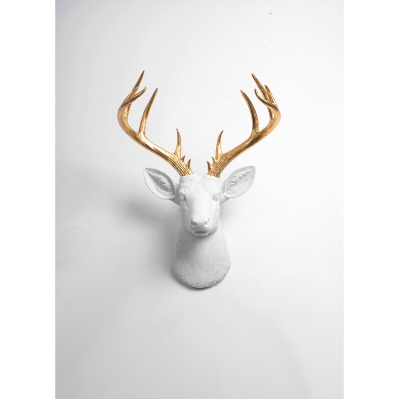 Charming Modern Deer Head Wall Decor