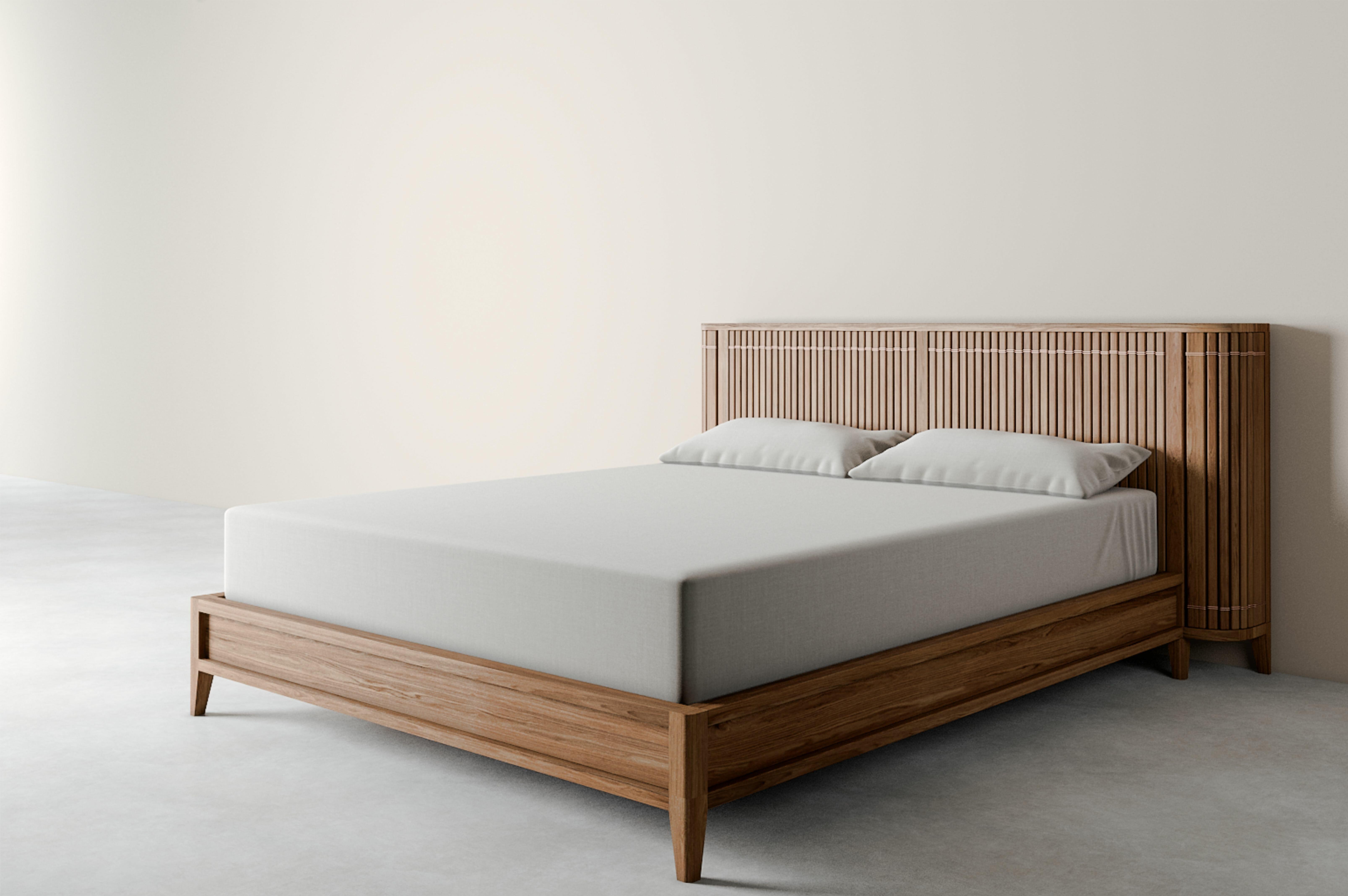 Karpenter Koppar King Solid Wood Low Profile Storage Platform Bed