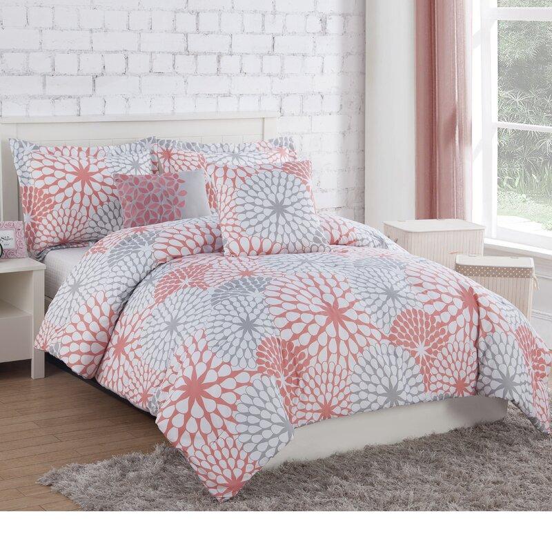 Latitude Run Schueller Comforter Set