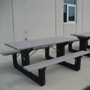 Simons Plastic/Resin Picnic Table by Freeport Park