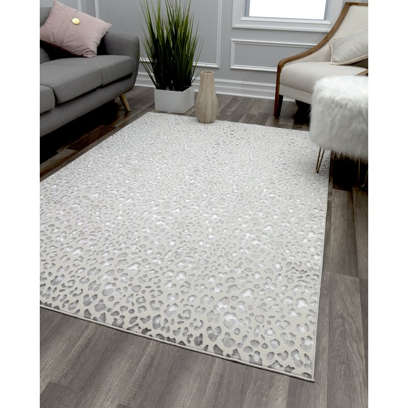 Natura Cheetah White Silver Area Rug by Cosmo Living By Cosmopolitan
