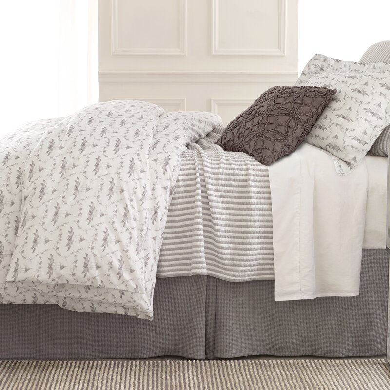 Lovely Town And Country Matelasse Coverlet