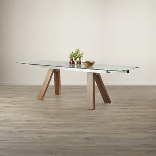 Wade Logan Peter Extendable Dining Table