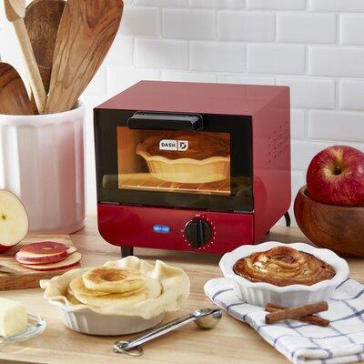 DASH Dash Mini Toaster Oven  Finish: Red