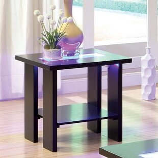 Heliodoro End Table