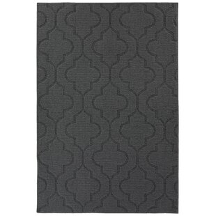 Selig Double Quatrefoil Tufted 4 x 6 Cinder Gray Indoor/Outdoor Area Rug