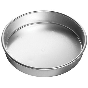 Decorator Preferred Round Cake Pan