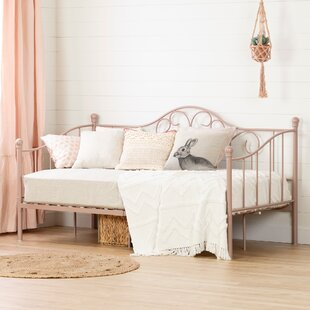 Waleska Daybed by Harriet Bee
