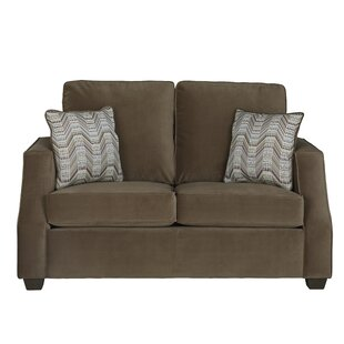 Renard Loveseat by Latitud..