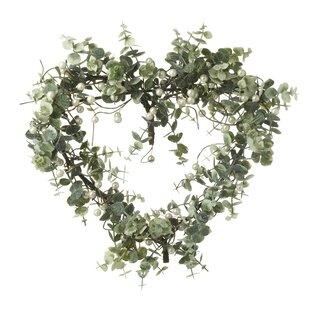 Leaf Heart 40cm Wreath By The Seasonal Aisle