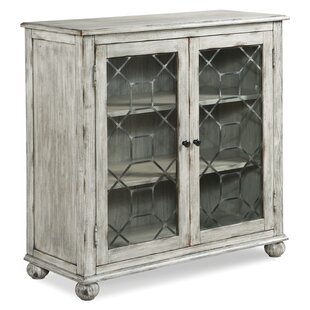 Harborside Sideboard Fairfield Chair