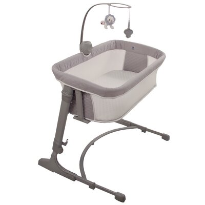 Versatile Bassinet with Bedding Arm's Reach