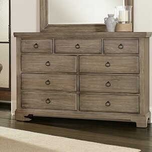 Darby Home Co Brookhill 9 Drawer Dresser