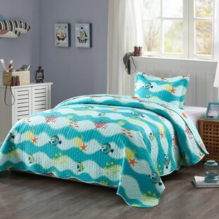Burdine Reversible Quilt Set