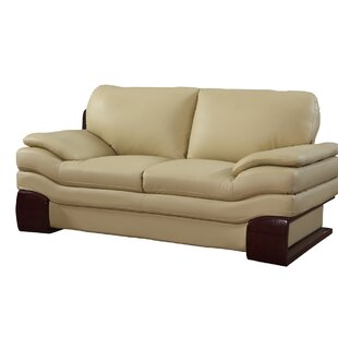 Hawthorn Luxury Upholstered Living Room Loveseat