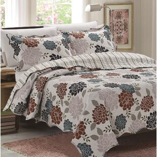 Bermudez 3 Piece Reversible Quilt Set