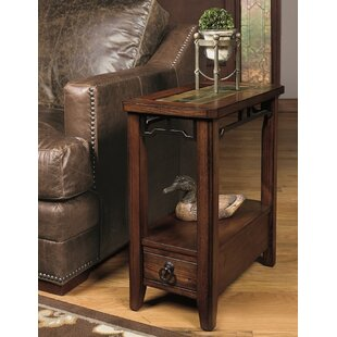 Chairside Table by Wildon Home�