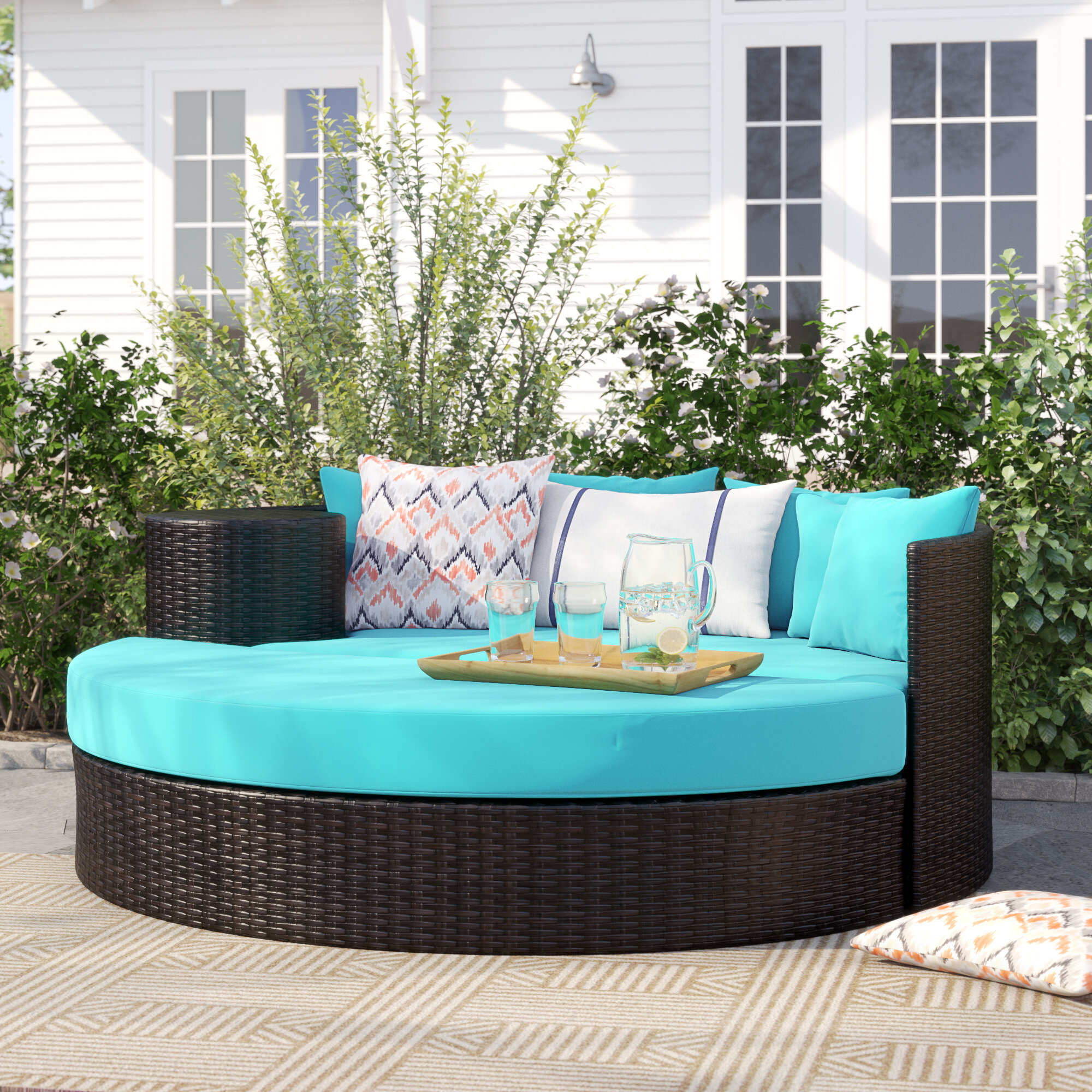 Freeport Patio Daybed with Cushions