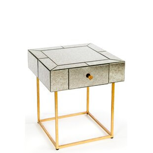 Dailyn End Table