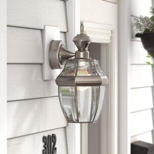 Three Posts Larchmont Traditional 1-Light Outdoor Wall Lantern