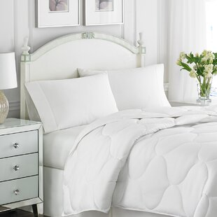 Lightweight Down Alternative Comforter