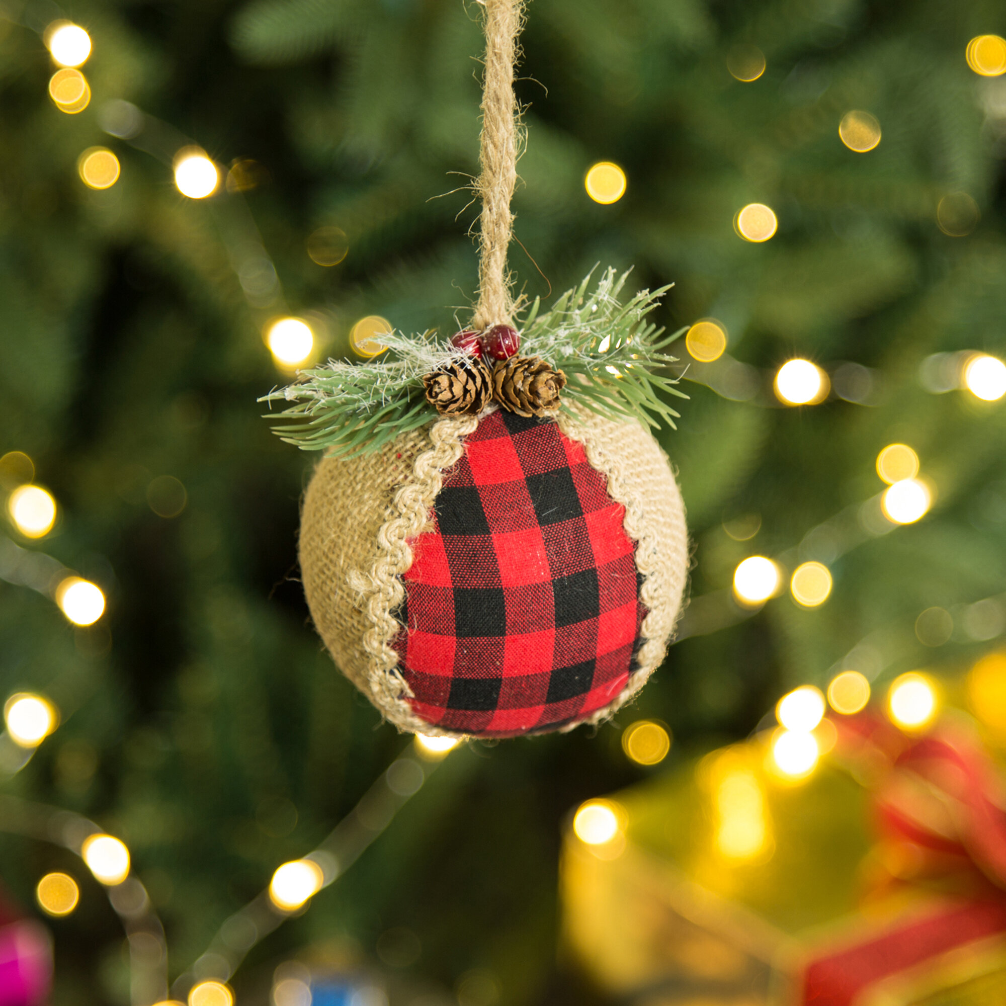 Glitzhome 6 Piece 1 Plaid Ball Ornament Set Reviews Wayfair