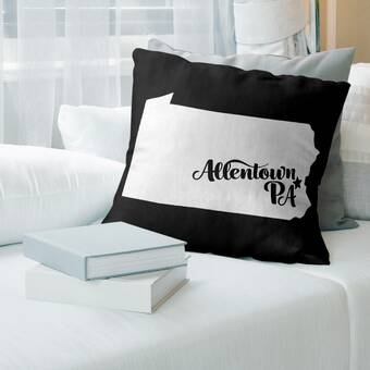 The Pillow Collection Alikae Ikat Tobacco Down Filled Throw Pillow