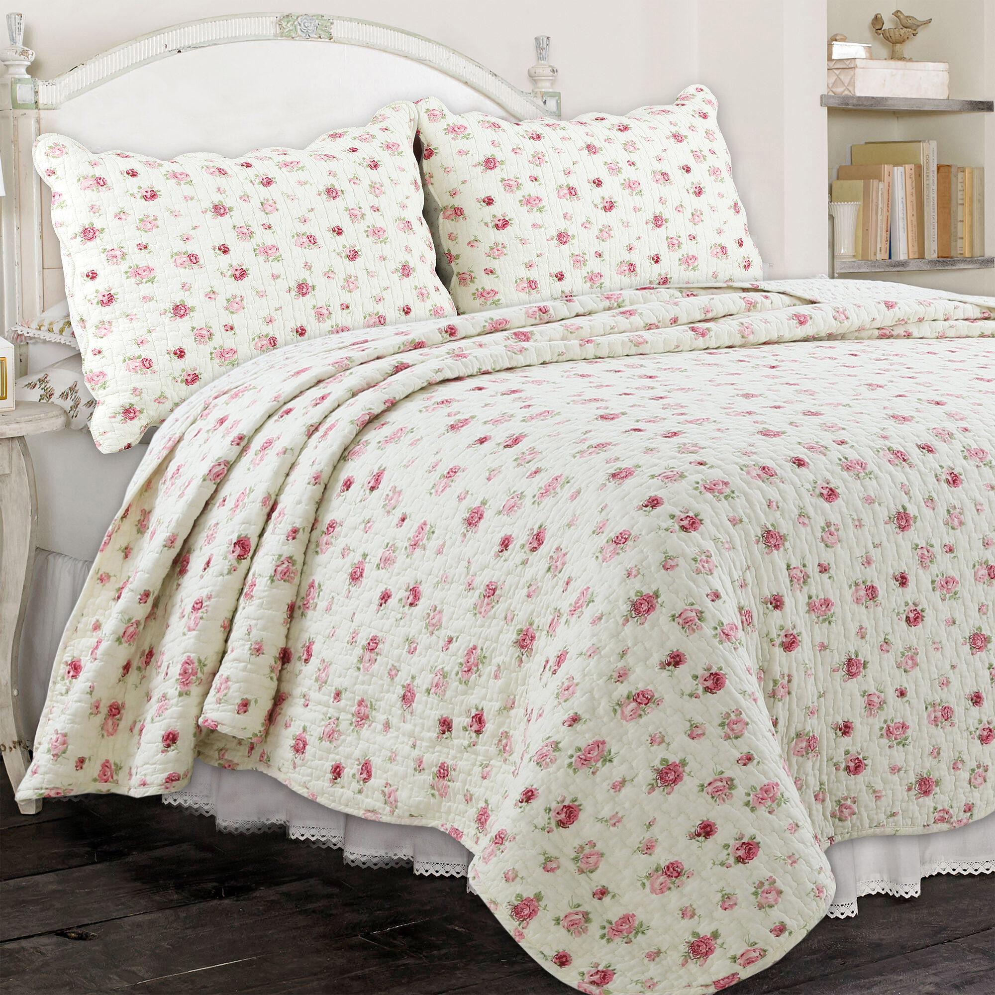 August Grove Paras Pink Rose Garden Quilt Set Reviews Wayfair