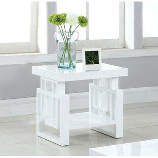 Laudalino End Table By Brayden Studio