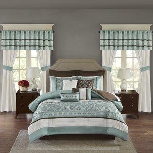Woodford Comforter Set