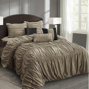Brochu All Season Comforter Set