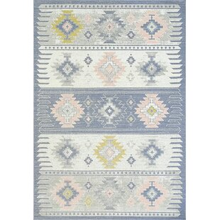 Affordable Price Willington Blue/White Area Rug By Harriet Bee