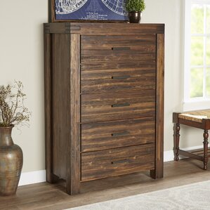 Rio Dell 5 Drawer Chest by Loon Peak