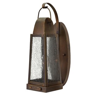 Sedgwick Outdoor Wall Lantern By Hinkley Lighting Outdoor Lighting
