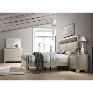 Yates Panel 4 Piece Bedroom Set