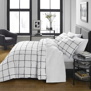 Margareta Reversible Comforter Set