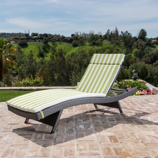 Brezza Modern Wicker Chaise Lounge with Cushion