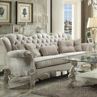 Everglade Vintage Button Tufted Sofa