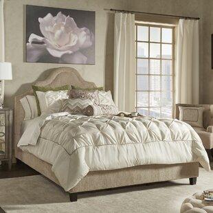 Benjamin Comforter Set