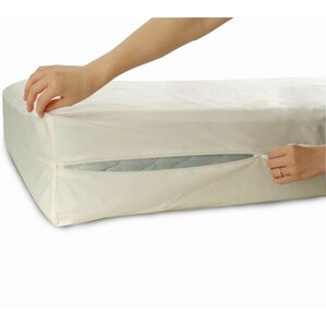 Bed Bug Allergy Zippered Extra Heavy Waterproof Mattress Protector by Ruthy's Textile