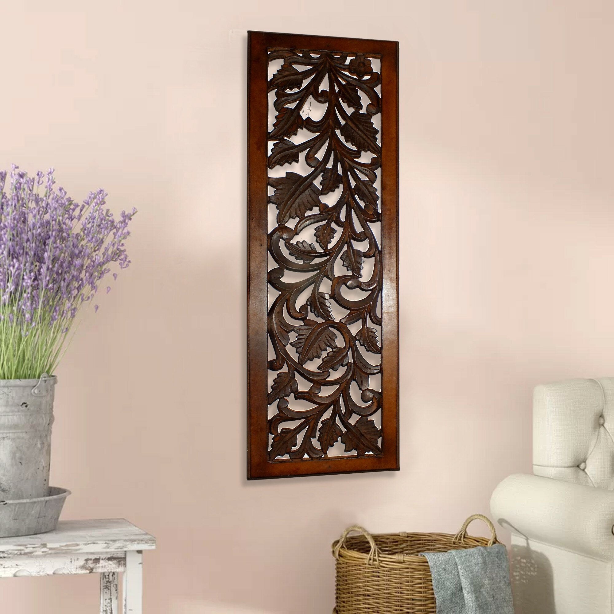 Mango Wood Panel With Leaves And Scroll Work Motif Wall Décor