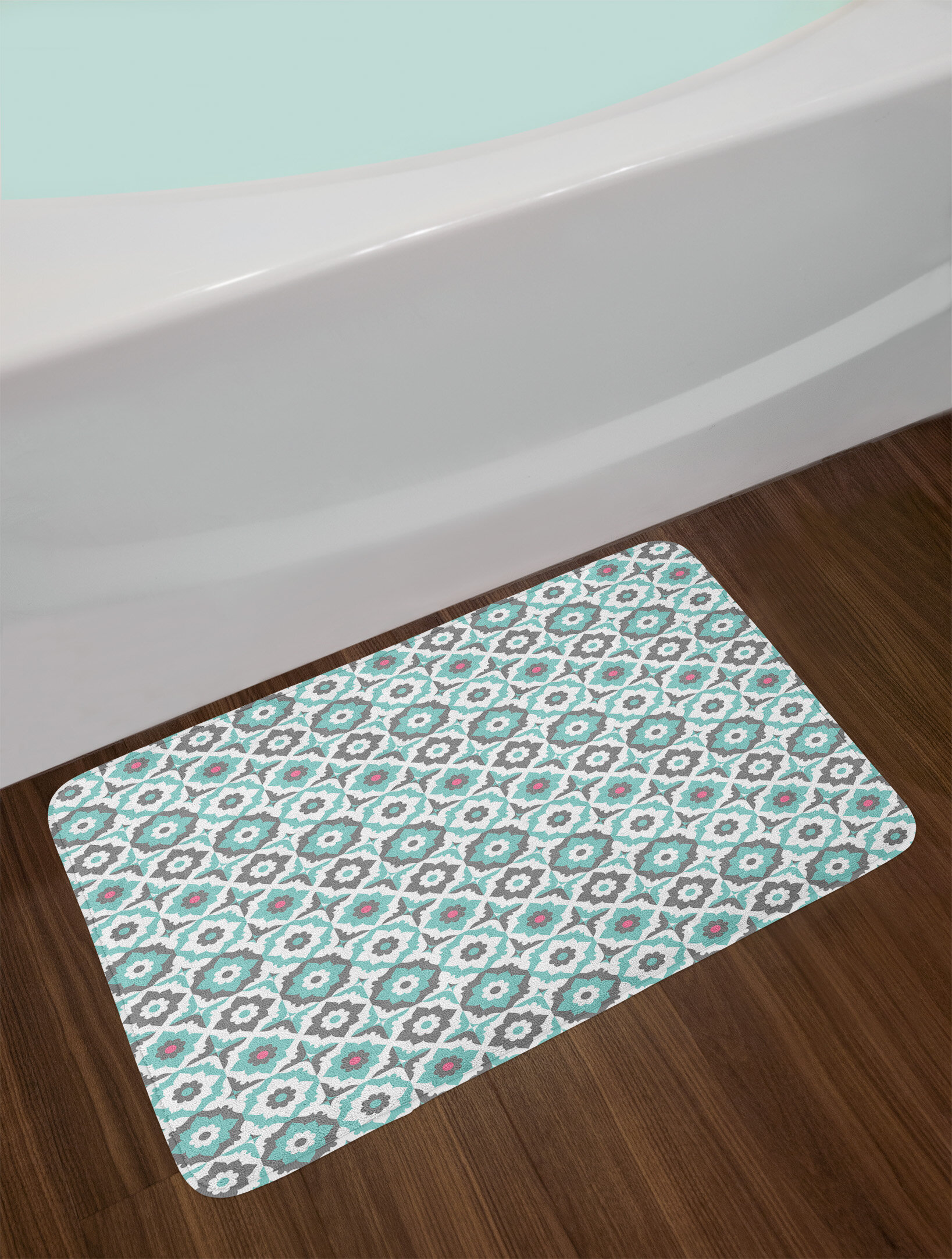 Ambesonne Quatrefoil Bath Mat By Old Fashioned Style Mosaic With Simple Pastel Daisies Spanish Flowers Plush Bathroom Decor Non Slip