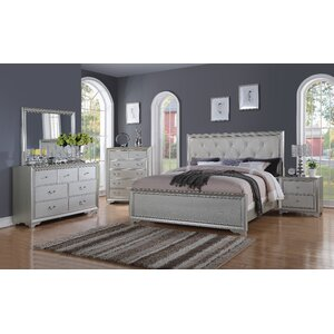 Bottlesford King Panel 4 Piece Bedroom Set