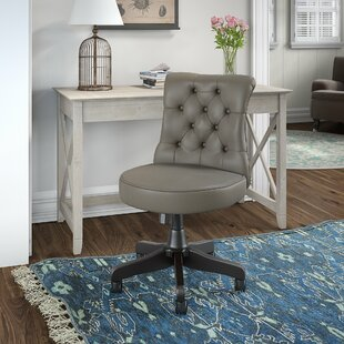 Kelson Desk And Chair Set by Beachcrest Home Wonderful